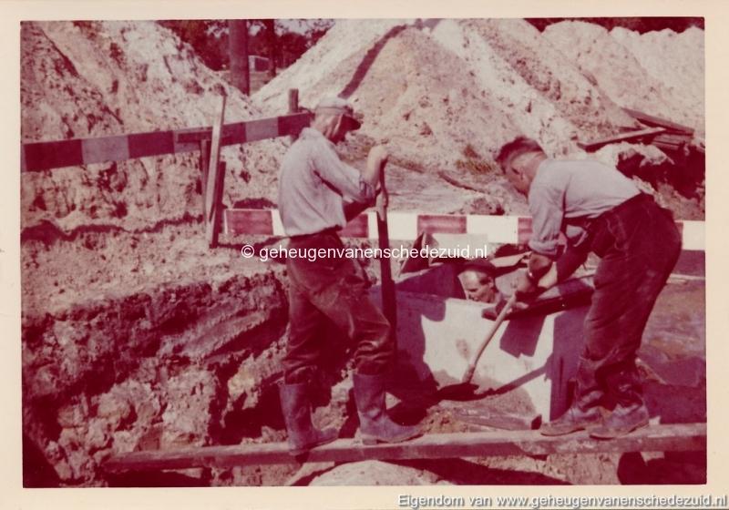 1965 Aanleg riolering Het Lang richting vijver nabij autoweg bron K. Koster (24) (small).jpg