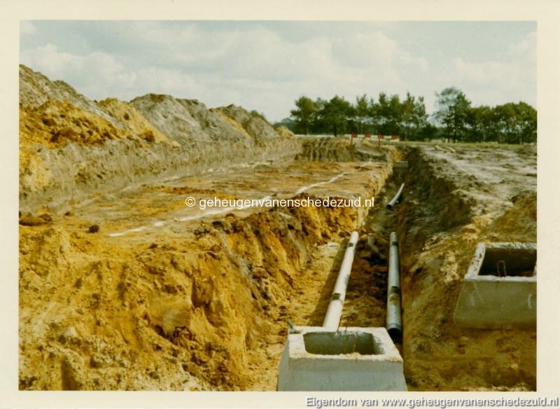1965 Aanleg riolering Het Lang richting vijver nabij autoweg bron K. Koster (7) (small).jpg