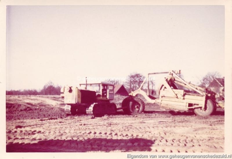 1965 Aanleg riolering Het Lang richting vijver nabij autoweg bron K. Koster (9) (small).jpg