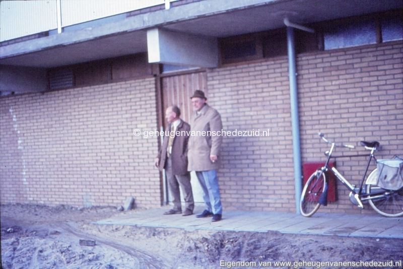 1968 Achter de hoge flat Vlierstraat bron K. Koster (3) (small).jpg