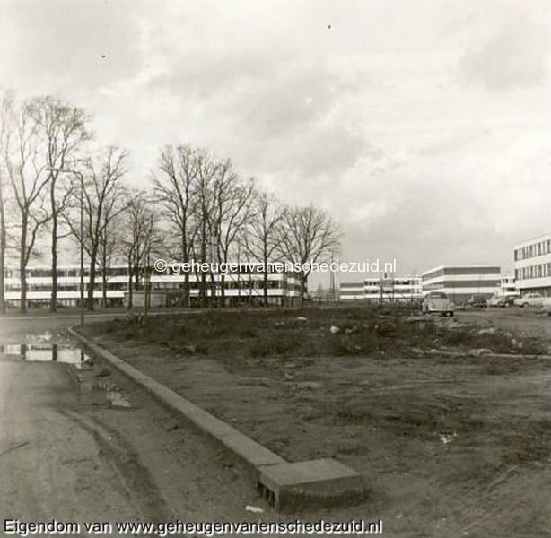 1968, Wesselerbrink, vanaf het Leunenberg op het Lang, in de verte Tuindorp Broekheurne, bron Hans Tietjens.JPG