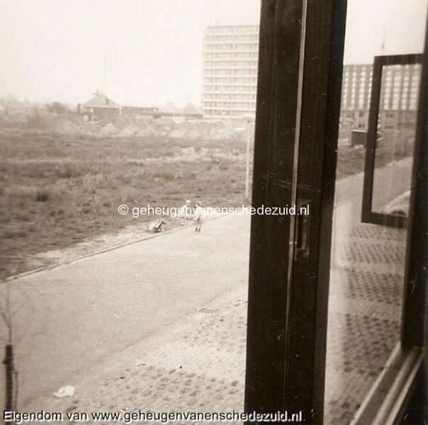 1969_Pollenbrink_112__aanbouw_flat_vlierstraat_en_Eigenhaardflat_bron_Joke_Wichers_14.jpg