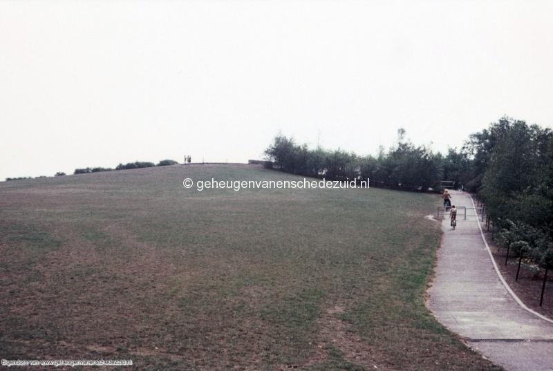 1970-1980 Wesselerbrinkpark  de bult bron mw. Assink-heys.jpg