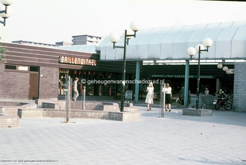 1970-1980_Winkelcentrum_Zuid_bron_mw.Assink-Heys.jpg