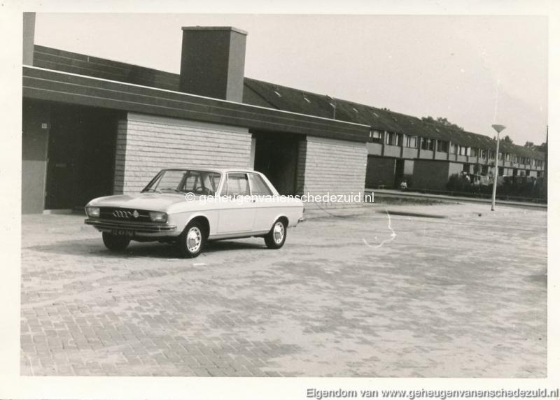 1971-08-13  Winkelcentrum Oosterveld bron K. Koster (small).jpg
