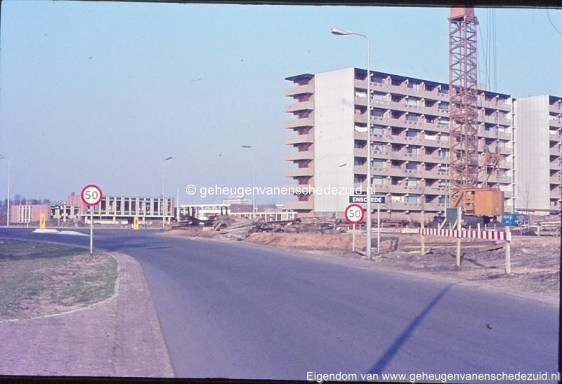 1972 Geesinkweg hoek Broekheurnerring bron K. Koster (4) (small).jpg