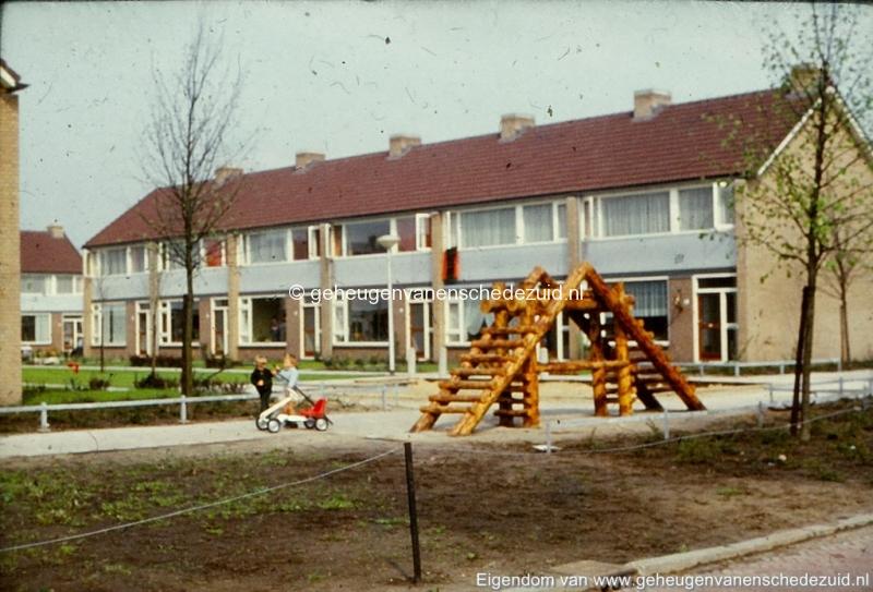 1972 Het Oosterveld bron K. Koster (3) (small).jpg