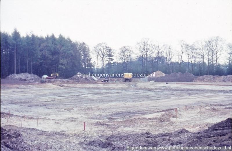 1972 aanleg vijver Buurserstraat bron K Koster (10004) (small).jpg