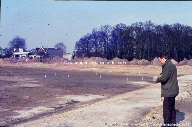 1972 aanleg vijver Buurserstraat bron K Koster (10011) (small).jpg