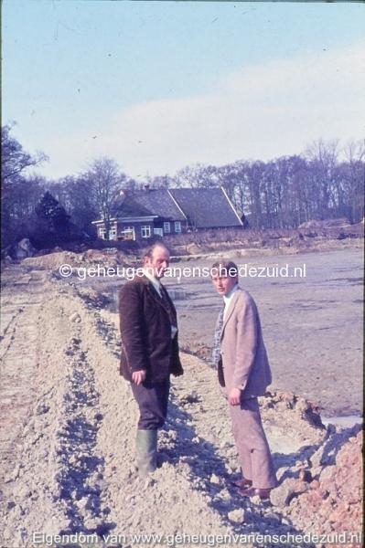 1972 aanleg vijver Buurserstraat bron K Koster (10012) (small).jpg