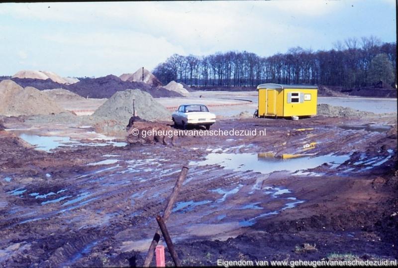 1972 aanleg vijver Buurserstraat bron K Koster (10013) (small).jpg
