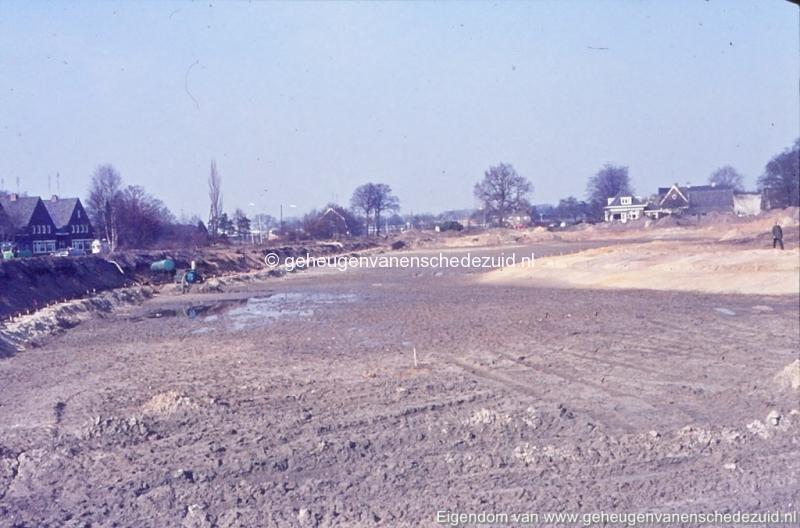 1972 aanleg vijver Buurserstraat bron K Koster (10016) (small).jpg