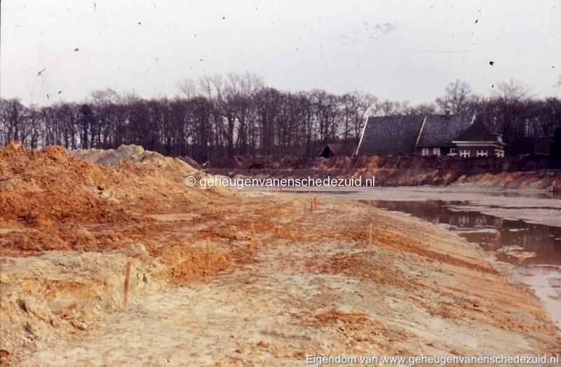 1972 aanleg vijver Buurserstraat bron K Koster (10019) (small).jpg