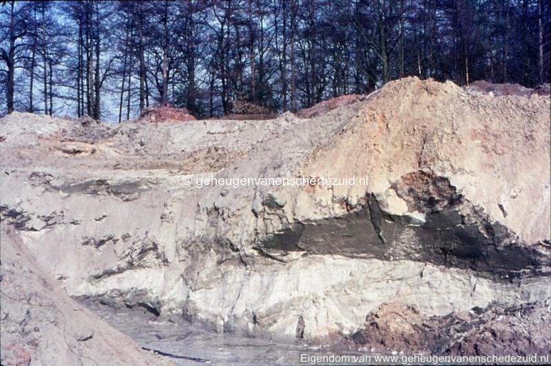 1972 aanleg vijver Buurserstraat bron K Koster (10027) (small).jpg