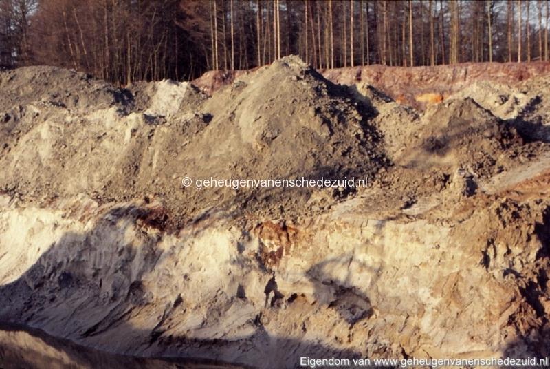 1972 aanleg vijver Buurserstraat bron K Koster (10028) (small).jpg