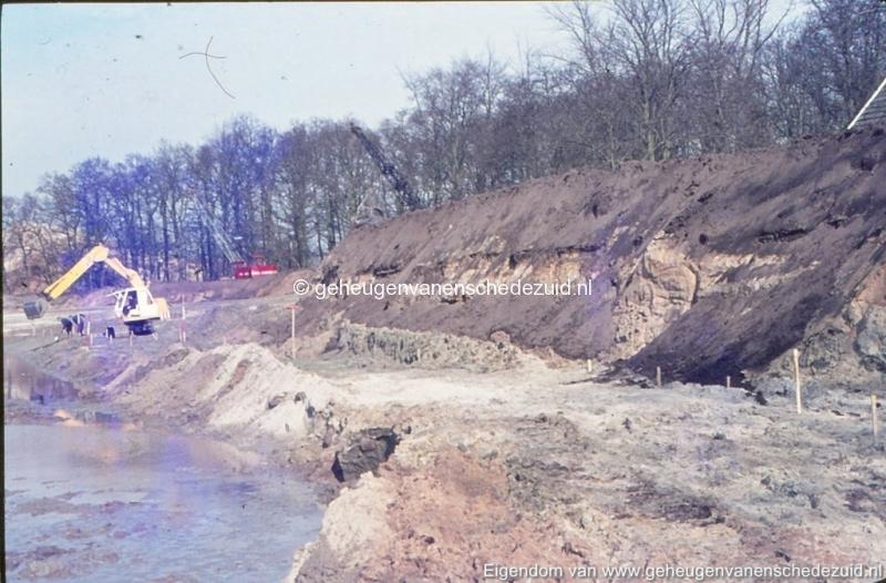 1972 aanleg vijver Buurserstraat bron K Koster (10029) (small).jpg