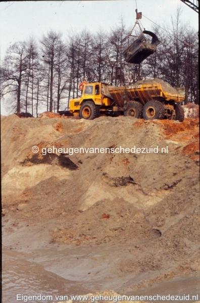 1972 aanleg vijver Buurserstraat bron K Koster (10030) (small).jpg