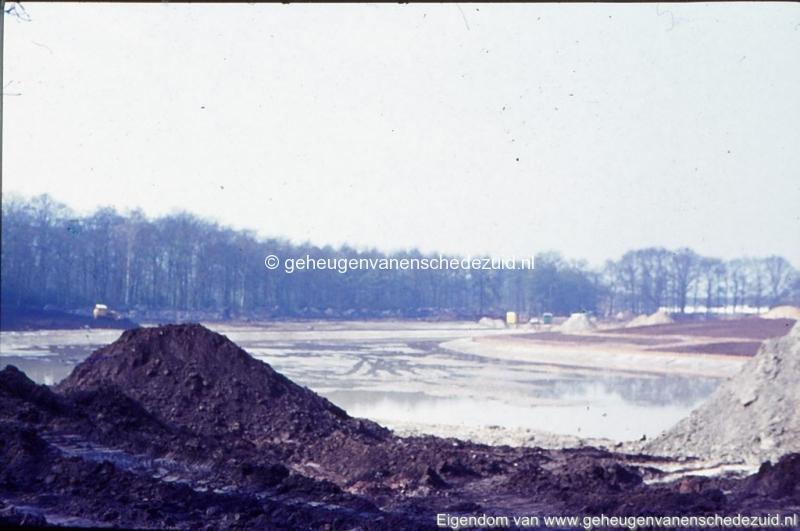 1972 aanleg vijver Buurserstraat bron K Koster (10035) (small).jpg