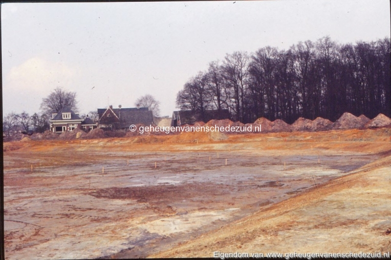 1972 aanleg vijver Buurserstraat bron K Koster (10037) (small).jpg