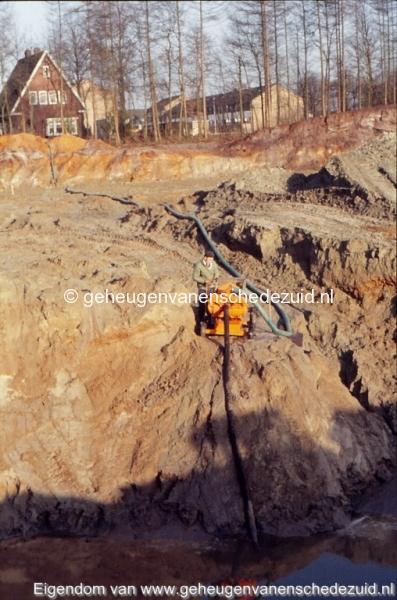 1972 aanleg vijver Buurserstraat bron K Koster (10041) (small).jpg