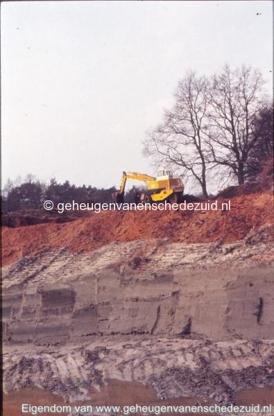 1972 aanleg vijver Buurserstraat bron K Koster (10045) (small).jpg