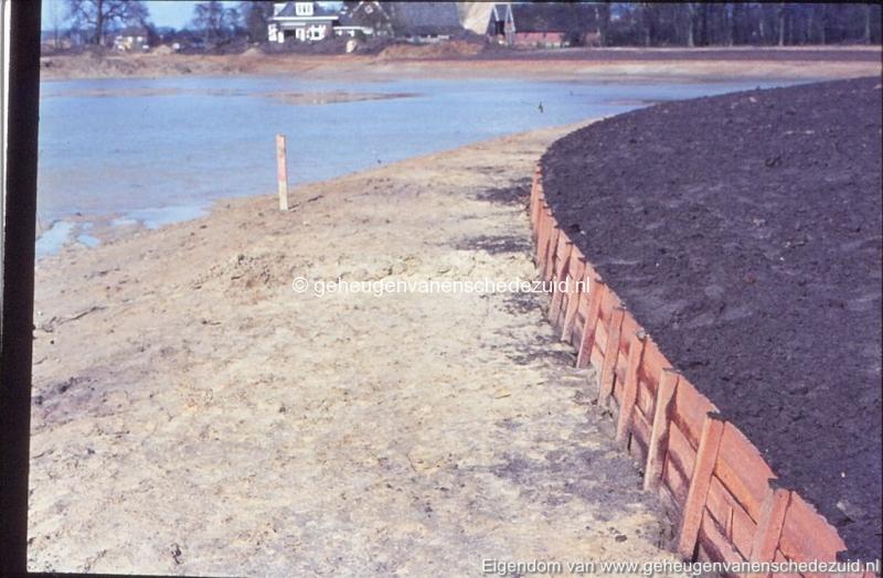 1972 aanleg vijver Buurserstraat bron K Koster (10058) (small).jpg