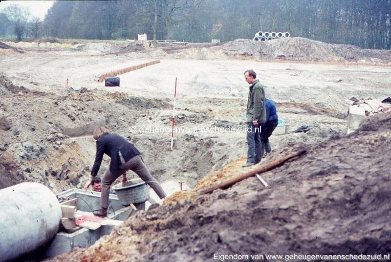 1972 aanleg vijver Buurserstraat bron K Koster (10062) (small).jpg