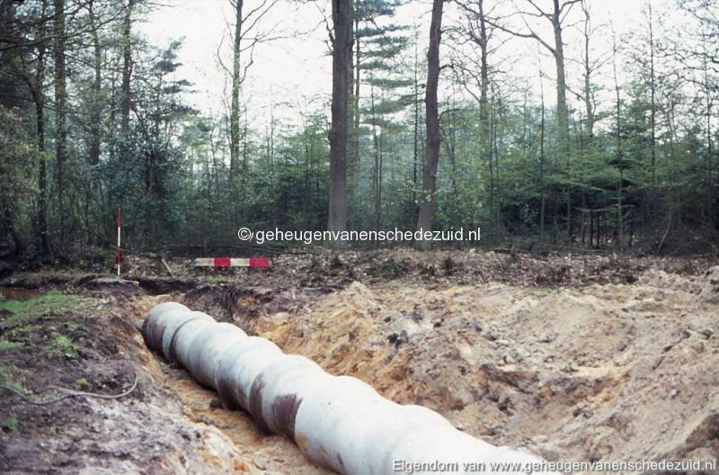 1972 aanleg vijver Buurserstraat bron K Koster (10064) (small).jpg