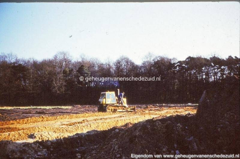1972 aanleg vijver Buurserstraat bron K Koster (10071) (small).jpg