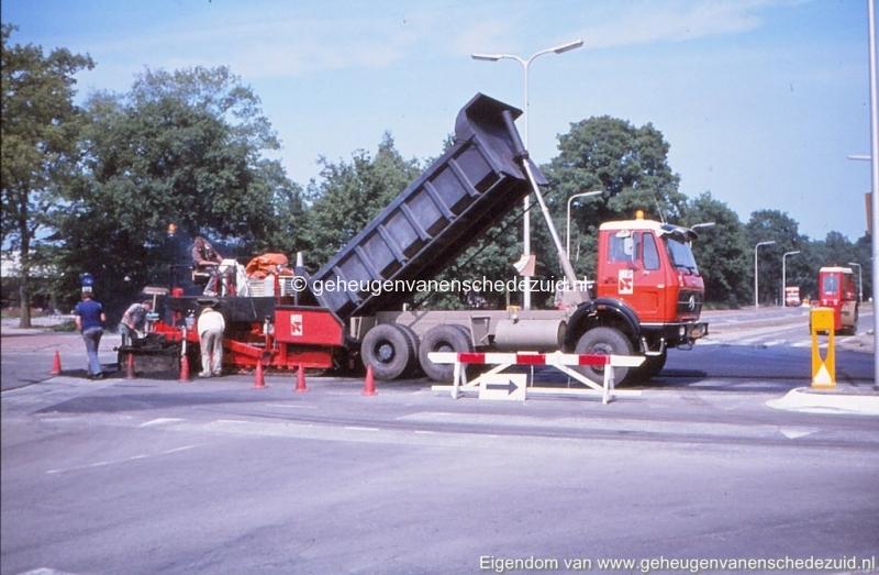 1975 hoek Broekheurnerring- Knalhutteweg bron K. Koster (5) (small).jpg