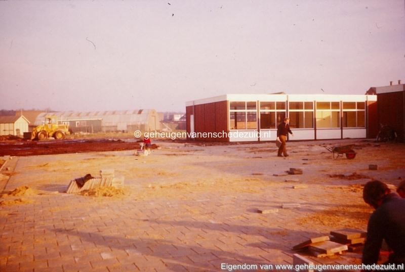 1975 school de Posse Knalhutteweg bron K. Koster (3) (small).jpg