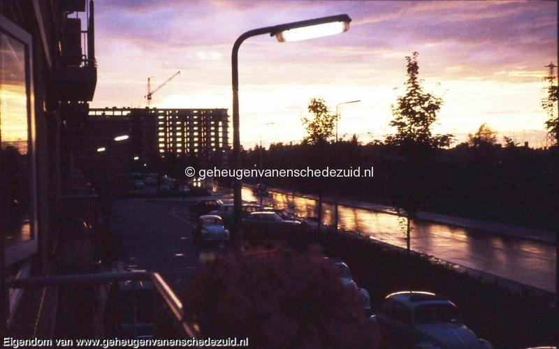 1977-bouw flat begin Vlierstraat  bron Hans Tietjens.JPG