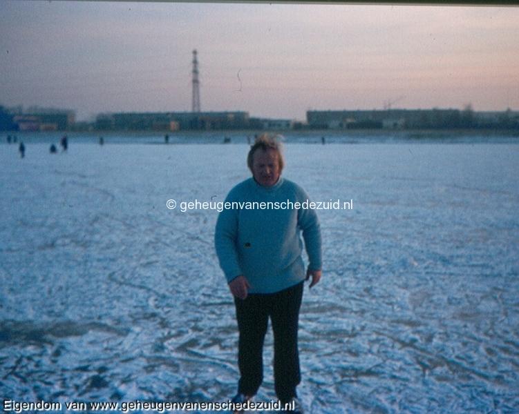 1978-1979, schaatsen Boswinkelvijver, bron Gerben de Jong.jpg