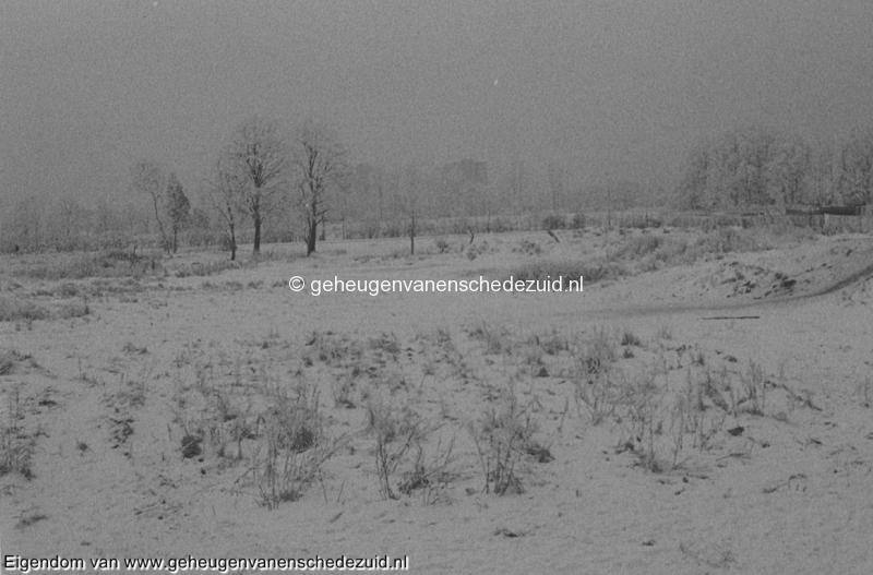 1979, Pollenbrink, Zicht op latere Rhaanbrink vanaf Pollenbrink 117, 3-01-1979, bron Bob Heller.jpg
