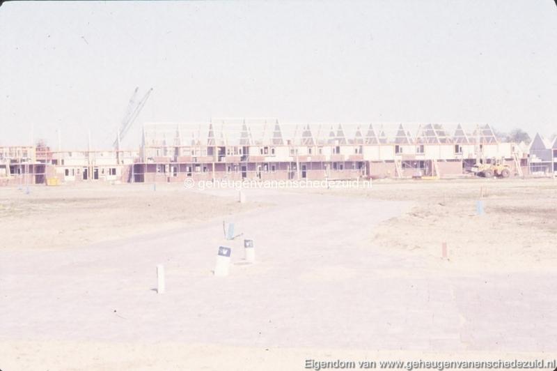 1982 Huizenbouw Helmerhoek bron K. Koster (5) (small).jpg