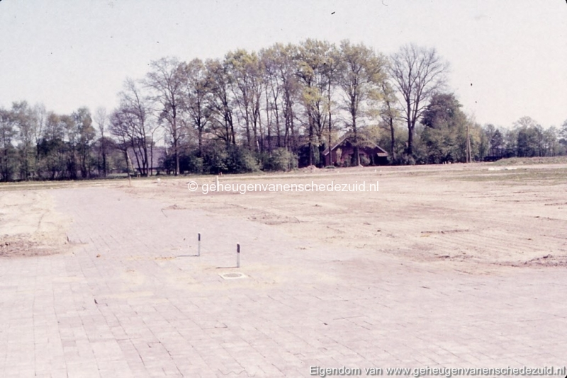 1982 begin bouw Helmerhoek omgeving Beekwoudehoek bron K, Koster (13) (small).jpg