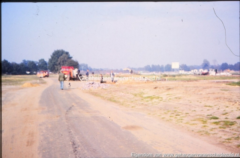 1982 begin bouw Helmerhoek omgeving Beekwoudehoek bron K, Koster (3) (small).jpg