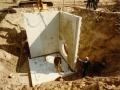 1983 Helmerhoek bouw overloopput tussen vijver en Usselerstroom bron K. Koster (11) (small).jpg