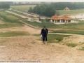 1986-Rutbeek-paviljoen vanaf toekomstige skiheuvel  bron Hans Tietjens.JPG