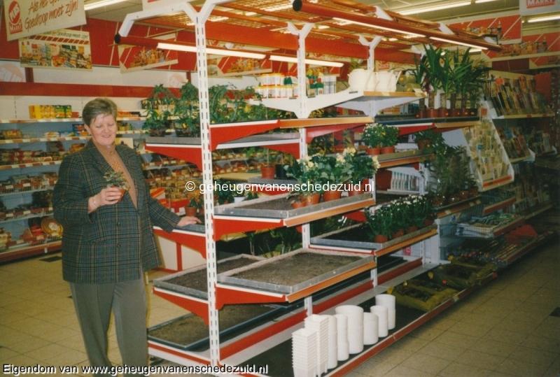 1993, binnenkant Plusmarkt Franke (tijdens overname door J.Franke, zoon dhr Franke), bron W.F. Franke (1).jpg