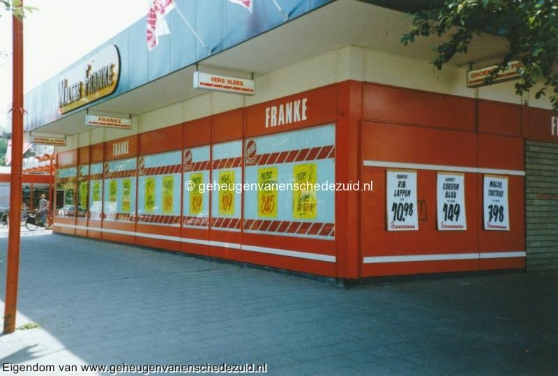 1995, buitenkant Plusmarkt, bron W.F. Franke (5).jpg