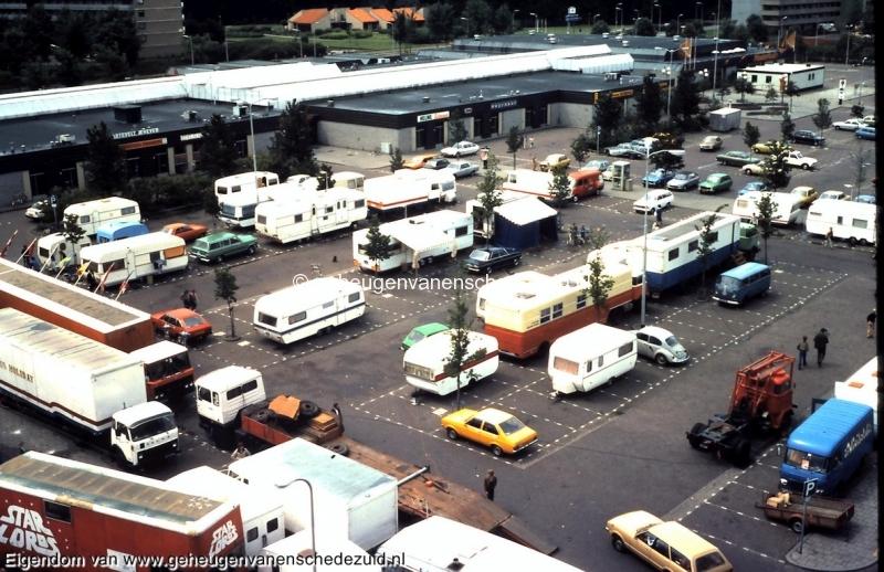 1981 Circus Holiday bij Winkelcentrum Zuid bron Remko Rensink (2).jpg