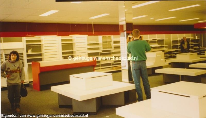 1991 sept, Opening en Nieuwbouw Bruna  WC Zuid, bron Anne Postma (20).jpg